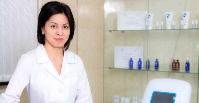 Какой врач лечит гепатит?