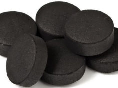 Чистка печени активированным углём – в чём преимущество перед другими средствами?